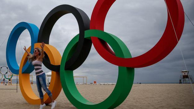 Los anillos olímpicos también están protegidos.