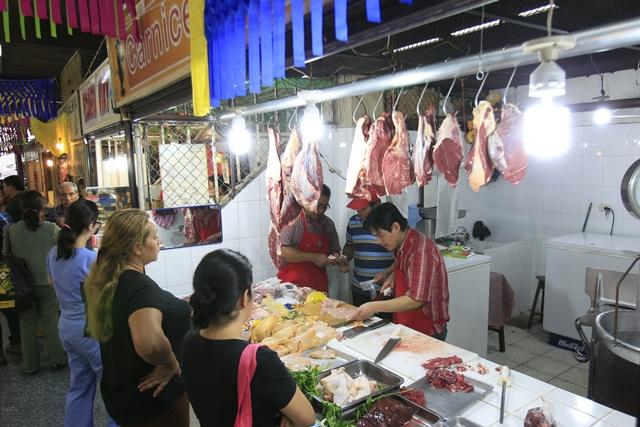 Desde hace meses se generó diferencias respecto a la aplicación del arancel importación del pollo. (Foto, Prensa Libre: Hemeroteca PL)