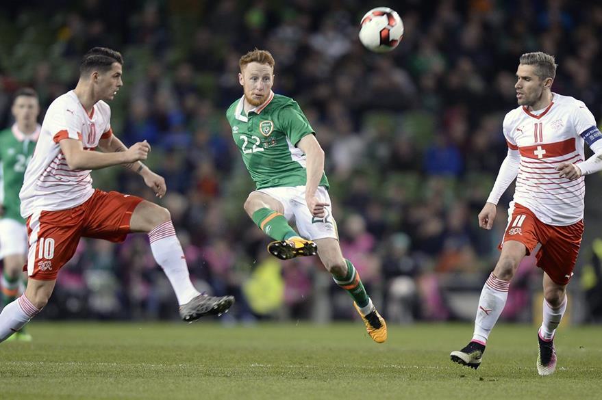 Irlanda sufrió para imponerse a Suiza. (Foto Prensa Libre: AFP)