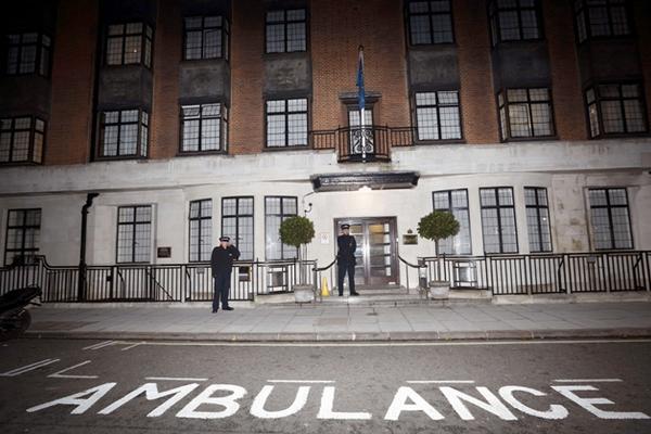 <p>El hospital Rey Eduardo VII en Londres, Inglaterra. (Foto Prensa Libre: AFP)</p>