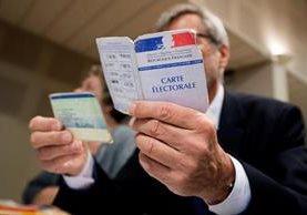 La votación se celebra por primera vez bajo un estado de emergencia. (Foto Prensa Libre: EFE)