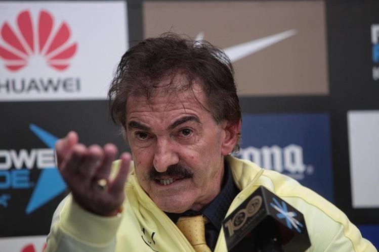 La Volpe, técnico del América, está en serios problemas. (Foto Prensa Libre: EFE)