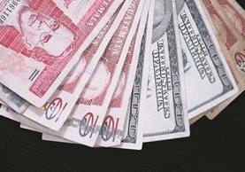 La regla el mercado de divisas es un instrumento que consiste en evitar caída o alzas bruscas del dólar frente al quetzal. (Foto Prensa Libre: Hemeroteca PL)