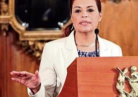 Roxana Baldetti, durante una conferencia de prensa cuando era vicepresidenta.