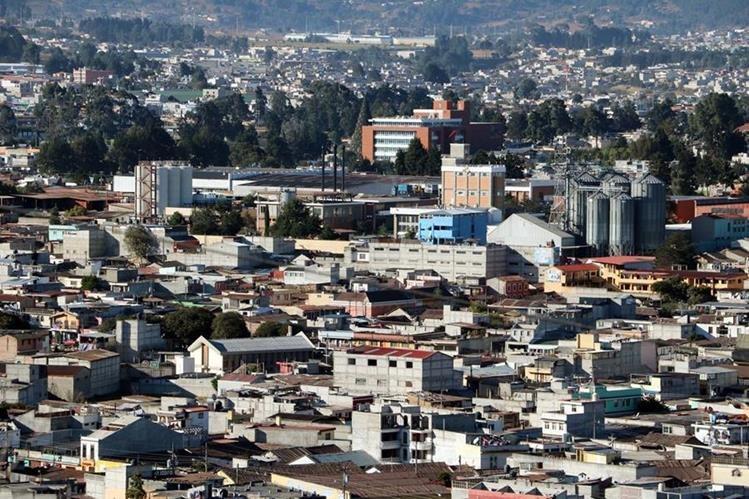 Vista de la Ciudad de Quetzaltenango, en donde se han efectuado varias capturas de peligrosos delincuentes. (Foto Prensa Libre: Carlos Ventura)