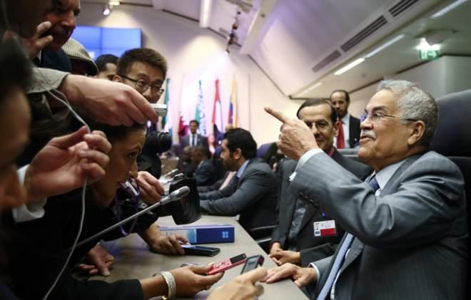 Al Naimi, ministro de Petróleo y Recursos Minerales de Arabia Saudí, previo la de la reunión de la OPEP. (Foto Prensa Libre: Elmundo.es)