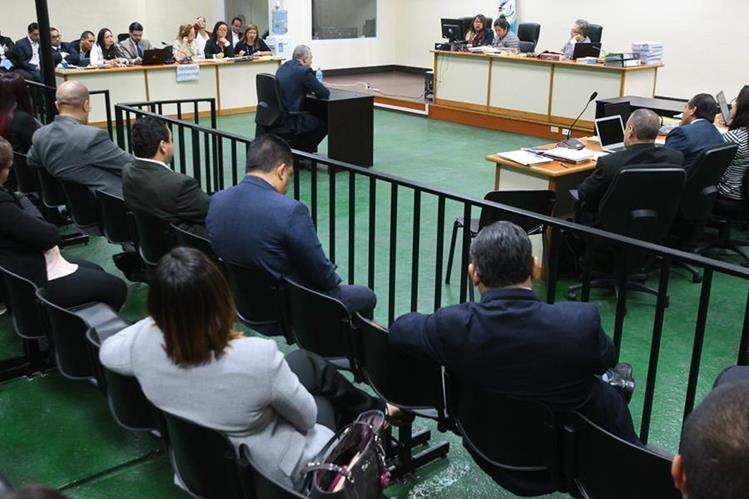 Salvador González declara como anticipo de prueba durante una audiencia. (Foto Prensa Libre: Hemeroteca PL).