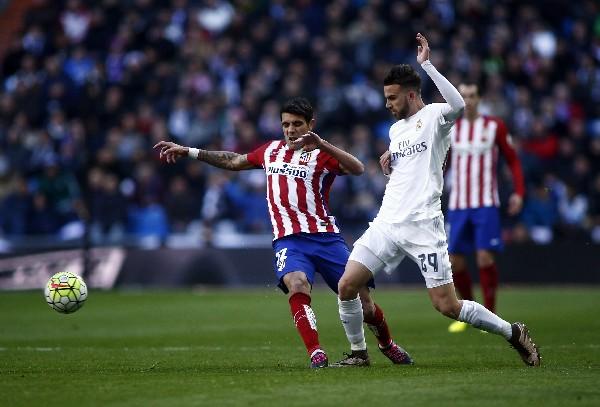 El delantero Borja Mayoral fue uno de los pocos jugadores que lució en el Derby, por el Real Madrid. (Foto Prensa Libre: AP)