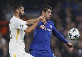 El Chelsea y la Roma empataron 3-3 en Londres.