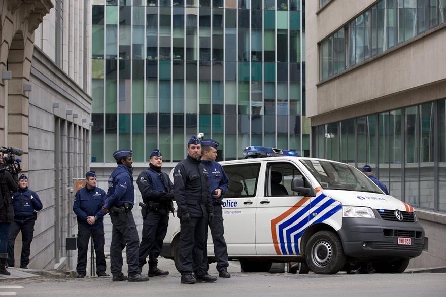 Bélgica mantiene vigilancia por alerta terrorista. (AP)