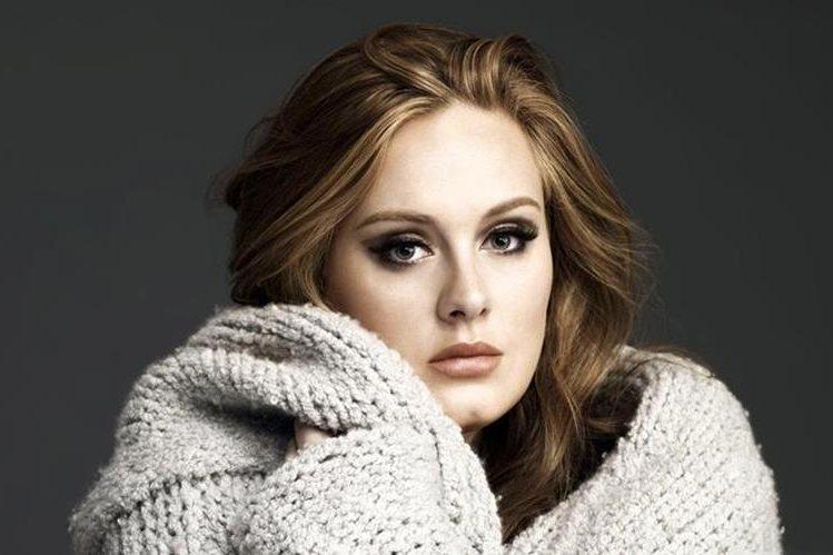 La cantante británica de 27 años promociona su nuevo disco, 25 (Foto: Hemeroteca PL).