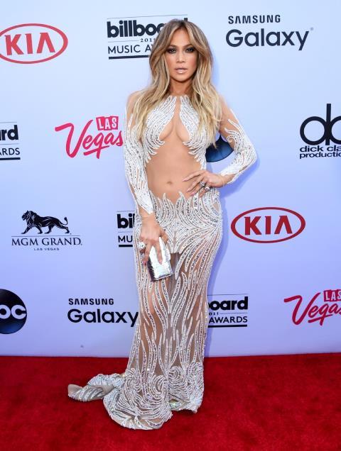 Así llegó Jennifer López a los Billboard del 2015. (Foto Prensa Libre: nydailynews.com).