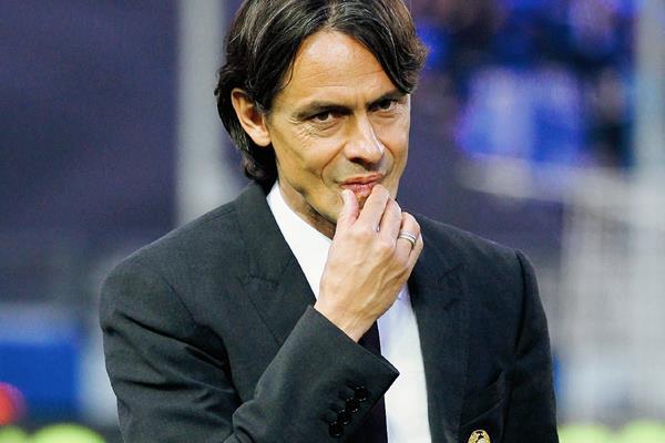Filippo Inzaghi ya no dirigirá las filas del Milán la próxima temporada. (Foto Prensa Libre: AP)