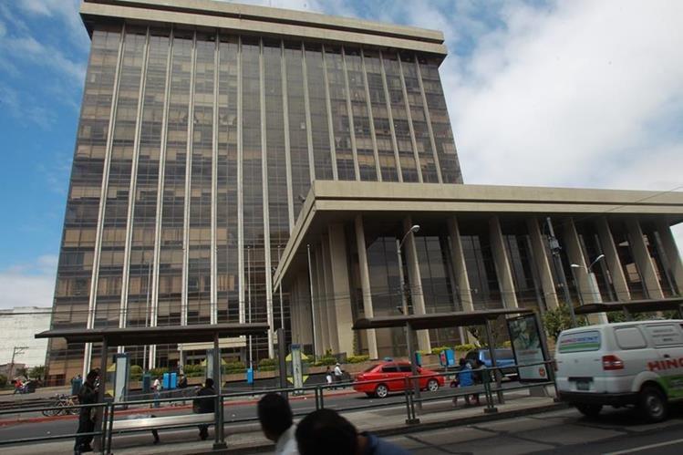 Finanzas busca aportes privados en bonos para el financiamiento del sector público. (Foto Prensa Libre: Hemeroteca PL)