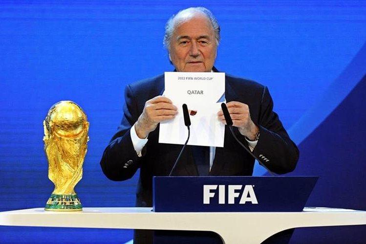 Joseph Blatter reconoció que debió haber terminado antes su carrera en la Fifa. (Foto Prensa Libre: EFE)