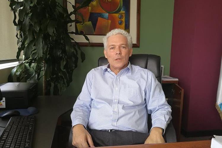 Enrique Lacs Palomo asumió desde el comienzo del Gobierno de Jimmy Morales. (Foto Prensa Libre: Urías Gamarro)