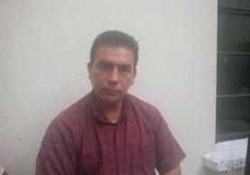 Otto René León Franco fue detenido este viernes por varios delitos, entre estos falsedad ideológica. (Foto Prensa Libre: PNC)