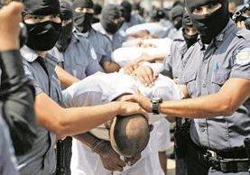 """La Mara Salvatrucha en El Salvador está señalada de cometer otros hechos como el de la """"Viuda Negra"""". (Foto Prensa Libre: Hemeroteca PL)"""
