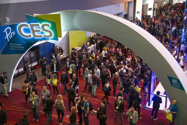 La feria CES (Consumer Electronics Show) abrió sus puertas este jueves y finalizará el domingo. (Foto Prensa Libre: AFP).