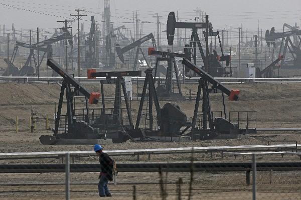 El petróleo ha tenido tres semanas consecutivas de alzas en el mercado internacional. (Foto, Prensa Libre: Hemeroteca PL)