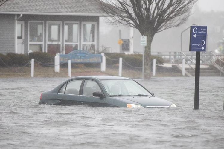 Cinco muertos tras fuerte tormenta que afecta el noreste de EE.UU