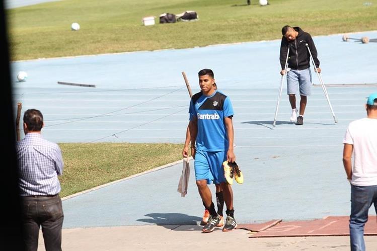 Moisés Hernández entrenó por primera vez con Comunicaciones este viernes en el Estadio Nacional Doroteo Guamuch Flores. (Foto Prensa Libre: Jorge Ovalle)