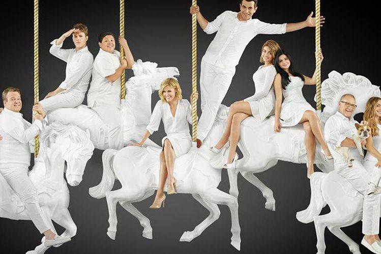 El elenco de Modern Family se mantendrá en televisión por dos temporadas más (Foto Prensa Libre: Modern Family).