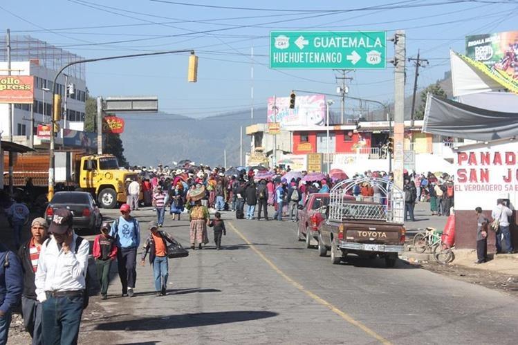Sectores harán bloqueos en la ruta Interamericana para exigir el reconocimiento de la justicia indígena.