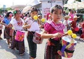Desfile escolar en la cabecera de Chiquimula. (Foto Prensa Libre: Mario Morales)