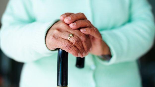 ... : cuáles son las anomalías y problemas más frecuentes de las uñas