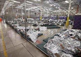 Migrantes son albergados al ser detenidos en la frontera de Estados Unidos, mientras son deportados o resuelven solicitudes planteadas. (Foto Prensa Libre: Hemeroteca)