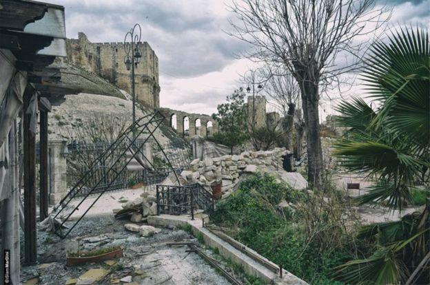 Edificios destruidos cerca de la ciudadela. ALEPPO NATIONAL ARCHIVES