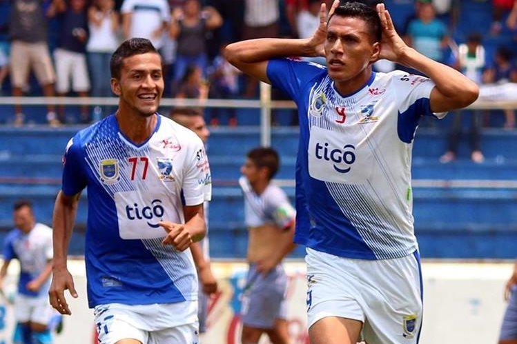 Gerson Tinoco se puso la capa de héroe y regaló el triunfo a la afición mazateca. (Foto Prensa Libre: Hemeroteca)