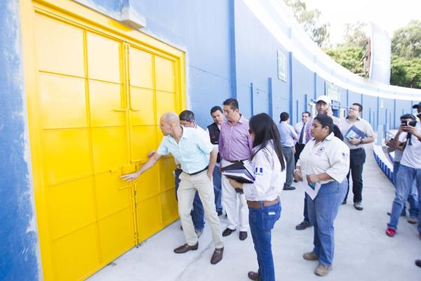 La Conred realizó una inspección al estadio Nacional Mateo Flores la semana anterior. (Foto Prensa Libre: Norvin Mendoza)