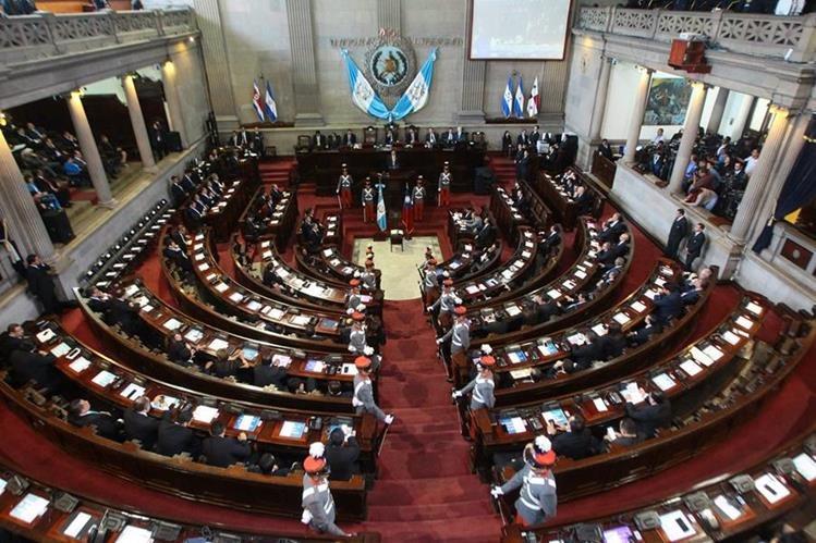 De los 158 diputados 15 enfrentan un proceso de antejuicio y podrían perder su curul. (Foto Prensa Libre: Hemeroteca PL)