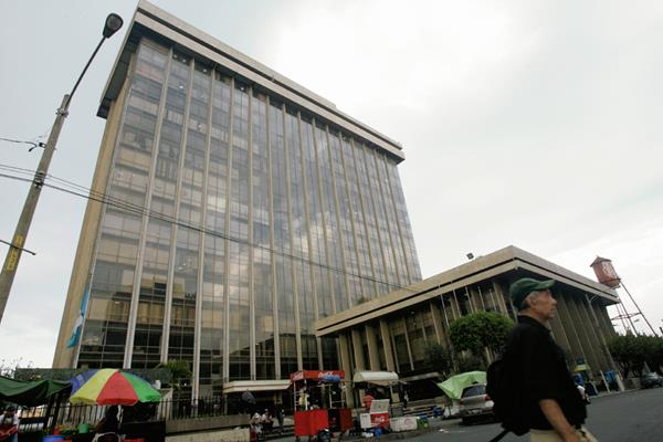 La deuda que heredará el PP al próximo gobierno podría superar los Q120 mil millones. (Foto Prensa Libre: Hemeroteca PL)