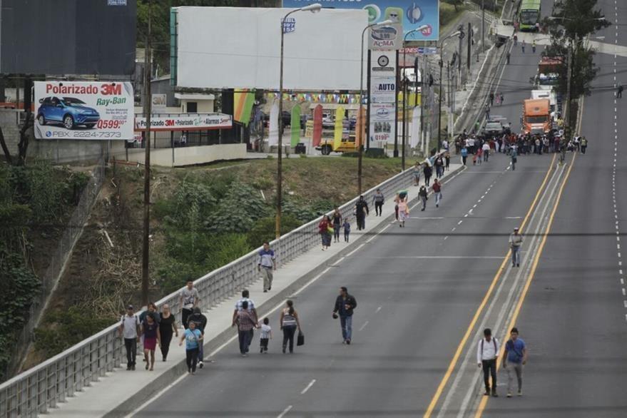 El Puente Belice luce vacío por el bloqueo de salubristas. (Foto Prensa Libre: Hemeroteca PL)