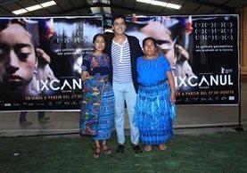 La actriz María Mercedes Méndez –izq- junto al productor Jayro Bustamante y la actriz Maria Telón. (Foto Prensa Libre: Enrique Paredes)