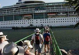 En una semana, unos 16 mil cruceristas llegarían al país en siete buques. (Foto, Prensa Libre: Cortesía Inguat)