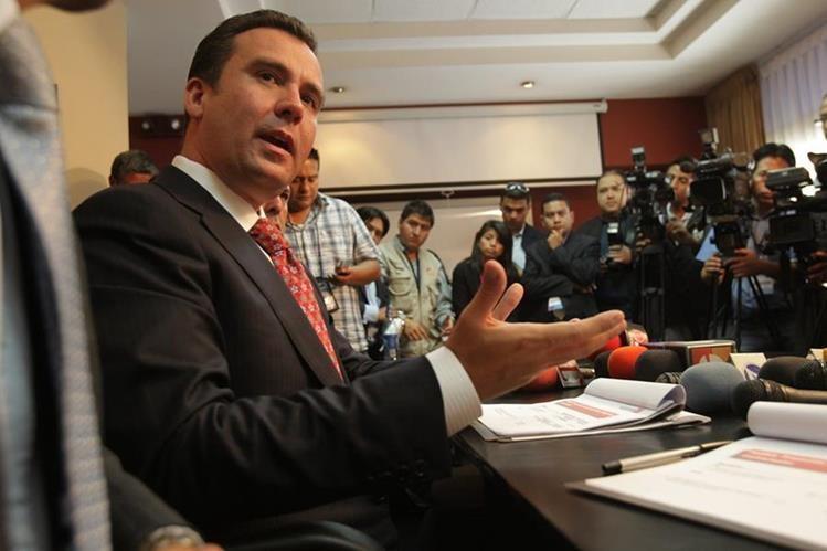 Alejandro Sinibaldi fue invitado por dirigentes del MR para ser candidato presidencial en el 2015. (Foto Prensa Libre: Hemeroteca PL)