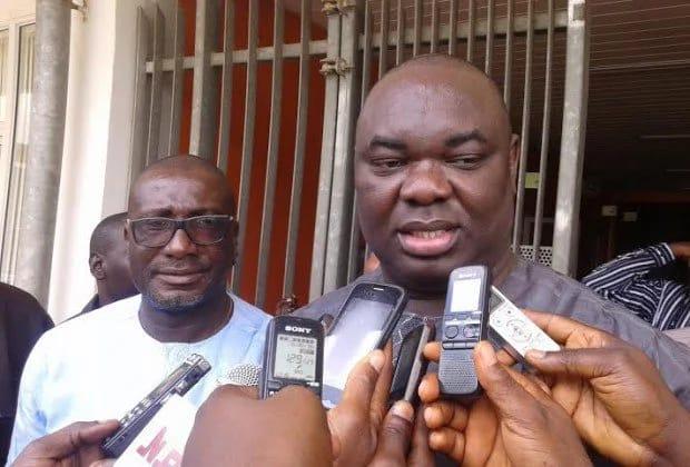 Chris Giwa había sido electo presidente de la Federación de Futbol de Nigeria, pero la Fifa ordenó nuevas elecciones. (Foto Prensa Libre: Internet)