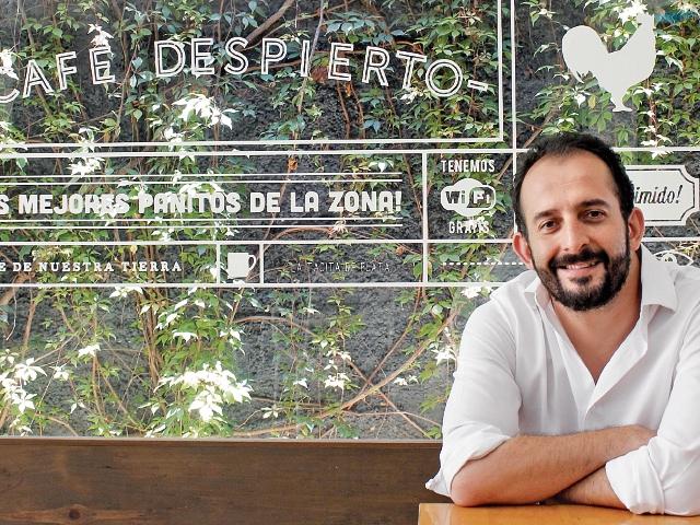 Diego Estrada se interesó por crear las mejores mezclas de sabores para el menú de sus cafeterías. (Foto Prensa Libre: Sandra Vi)