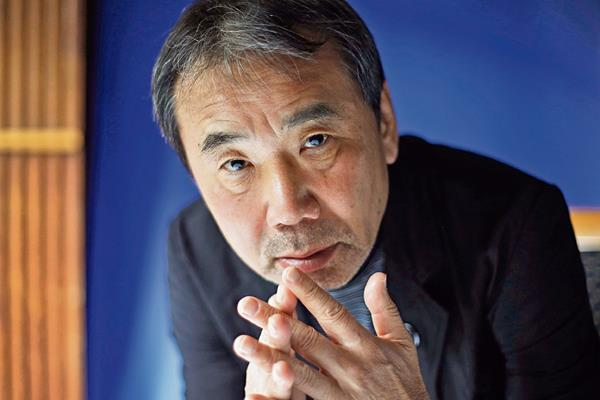 El escritor japonés Haruki Murakami resolverá las dudas de sus lectores a partir del próximo 15, una página web diseñada para ese propósito.