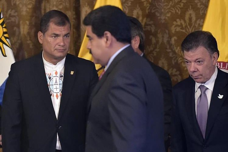 <em>Maduro y Santos han tenido roces verbales en los últimos días. (Foto Prensa Libre: AP).</em>