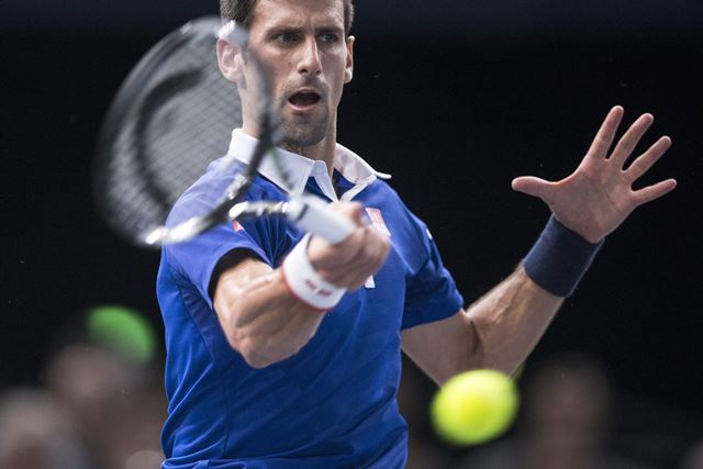 Novak Djokovic sumó su 21ra victoria consecutiva y estará en la final. (Foto Prensa Libre: EFE)