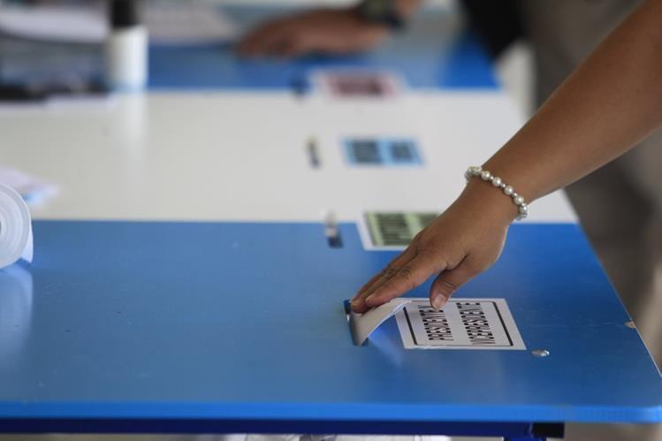 Los centros de votación se cerraron por temor de los vecinos de violencia durante el sufragio del próximo domingo. (Foto Prensa Libre: Hemeroteca PL)