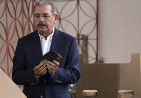 Danilo Medina, favorito a gobernar otros cuatro años República Dominicana. (Foto Prensa Libre: EFE).