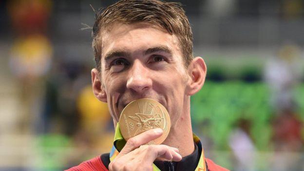 El valor de las medallas aumenta en el mercado según el reconocimiento o la historia del deportista que la obtuvo. (EPA)