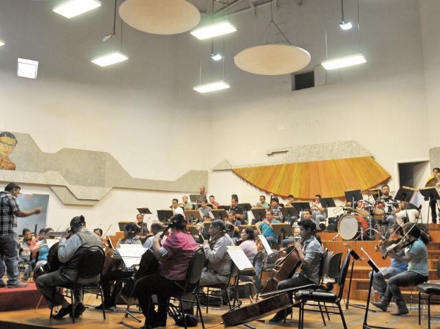La Orquesta  comenzó los ensayos generales esta semana. (Foto Prensa Libre: Ana Lucía Ola)