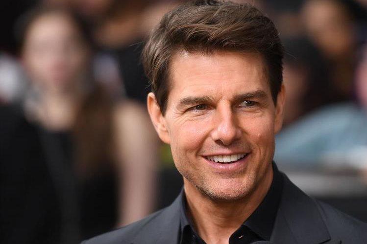 Tom Cruise, que suele participar en escenas de acción, sufrió una lesión importante (Foto Prensa Libre: AFP).